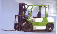 Bánh xe, xe nâng hàng, thang nâng điện, lồng thép