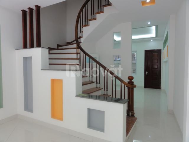 Cần bán Nhà đẹp phố Võng Thị, Tây Hồ