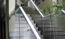 Cầu thang kính, cầu thang kính trụ inox