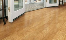 Gia công sơn UV ván sàn gỗ tự nhiên