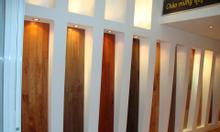 Cửa gỗ, ván sàn giảm giá cuối năm.