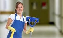 Tuyển nhân viên vệ sinh nhà cửa
