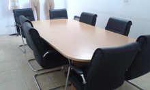 Thanh lý bàn họp văn phòng, ngõ 5 Nguyễn Khánh Toàn
