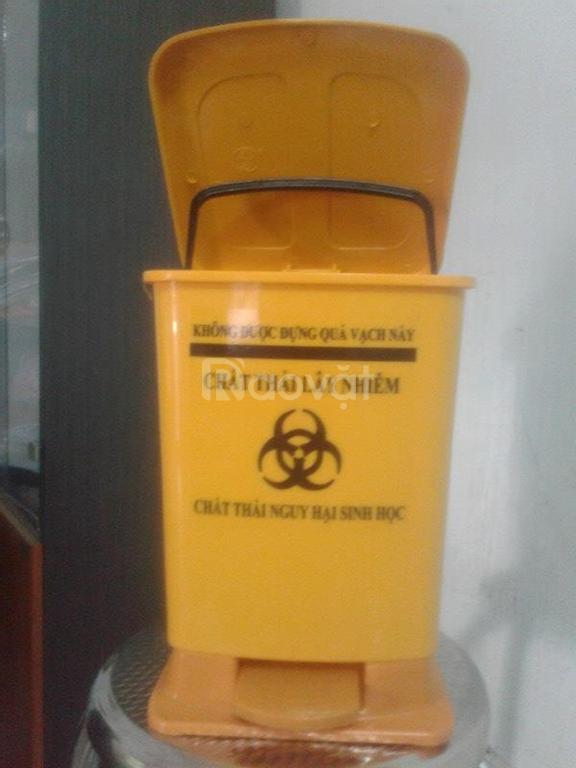 Cung cấp thùng đựng rác màu đen