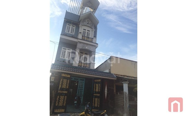 Nhà đẹp Hóc Môn mặt tiền đường Bà Điểm 4 giá rẻ