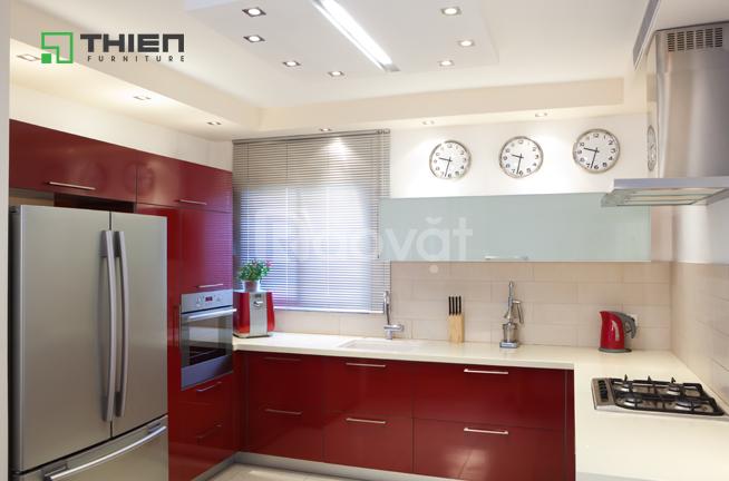 Mẫu tủ bếp Laminate và Acrylic kết hợp