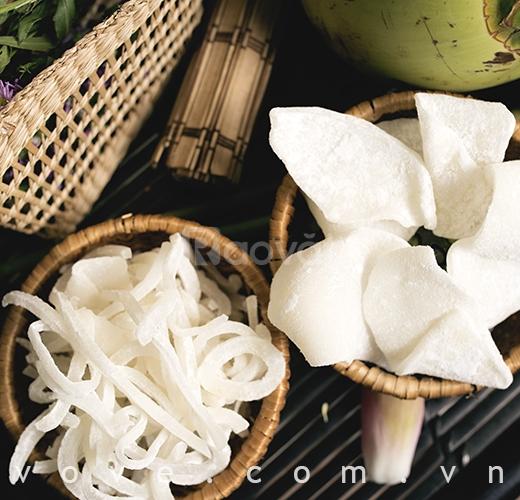 Mứt dừa non (miếng, sợi)