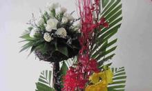 Khai giảng khóa học cắm hoa nghệ thuật ở Hà Nội