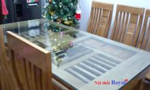 Bộ bàn ăn gỗ Sồi Nga hiện đại