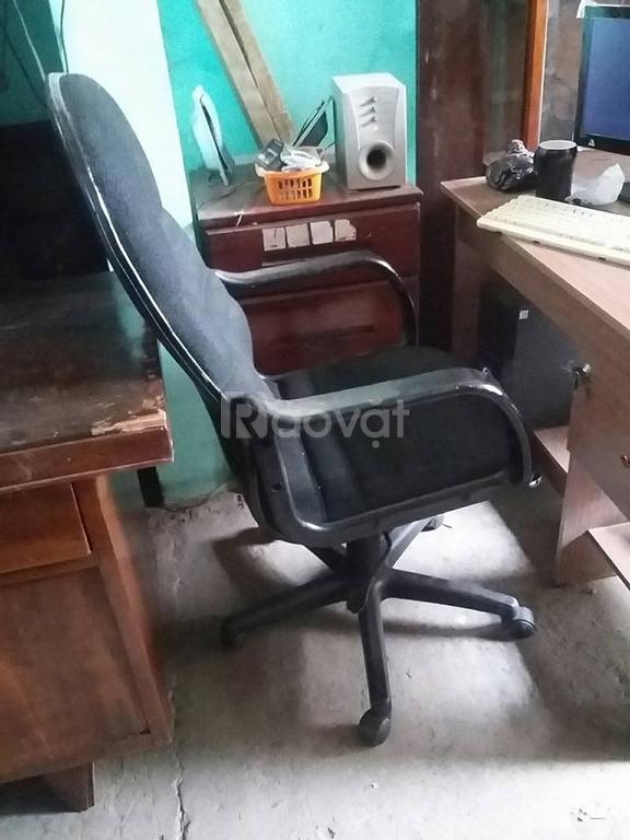 Ghế xoay giám đốc giá 450k, ghế nhân viên giá 250k