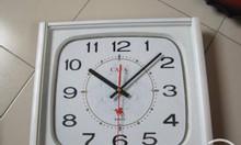 Đồng hồ treo tường in ấn Logo quý doanh nghiệp.