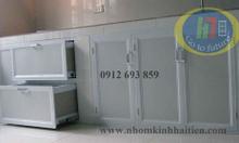 Tủ bếp nhôm vân gỗ Hà Nội giá rẻ, tủ bếp nhôm kính