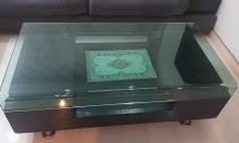Thanh lý bộ sofa góc + bàn kính hãng Chilai