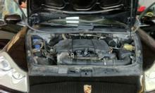 Rửa động cơ xe ô tô bằng đá khô CO2