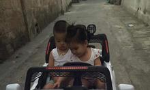 Xe ô tô điện trẻ em S9088 bốn động cơ
