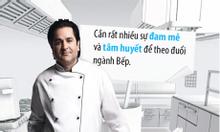 Đầu bếp, phụ bếp, lễ tân, phục vụ làm việc tại Mỹ