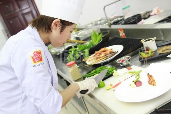 Tuyển sinh trung cấp nấu ăn tại HCM