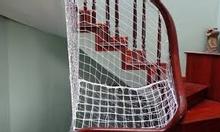 Lưới che cầu thang an toàn cho thiên thần nhà bạn