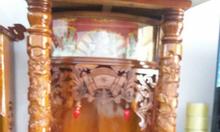 Bàn thờ ông địa mái bằng hộp đèn và 2 cột rồng
