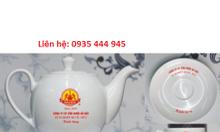 Xưởng in logo bộ ấm trà, ấm chén, cốc sứ tại Huế