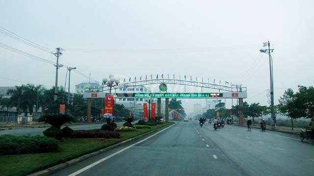Thuê xe du lịch - Thuê xe 16 chỗ đi Bắc Giang