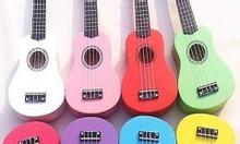 Đàn ukulele 7 màu xinh xắn