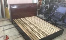 Thanh lý giường gỗ cũ giá rẻ