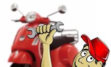 Thợ chuyên tháo lắp xe máy
