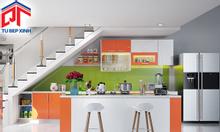 Tủ bếp gỗ gam màu trắng cam