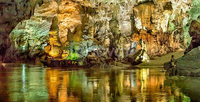 Thuê xe 29 chỗ giá rẻ đi du lịch Quảng Bình