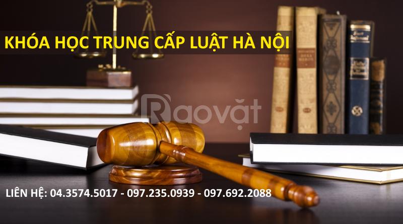 Xét tuyển trung cấp Luật chính quy năm 2017