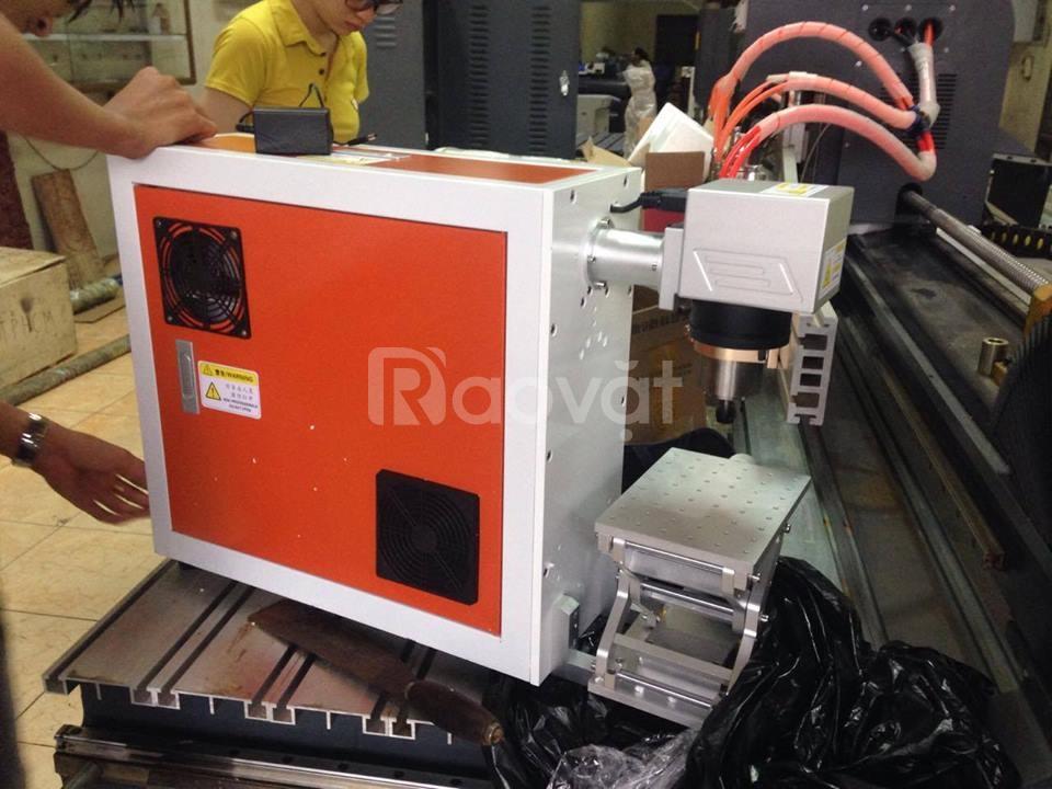 Máy laser khắc kim loại đẹp