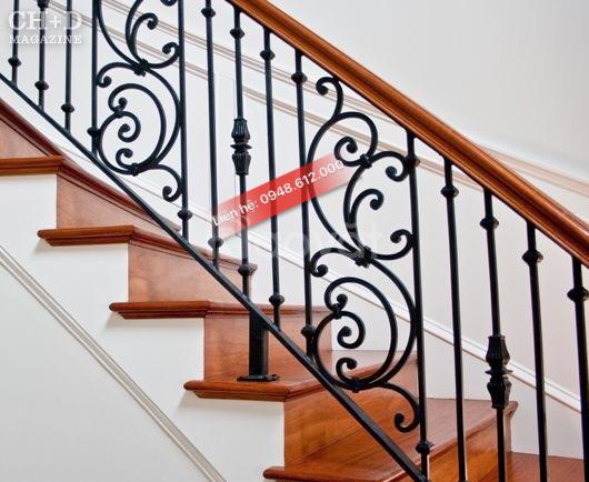 Cầu thang sắt nghệ thuật Đông Phương