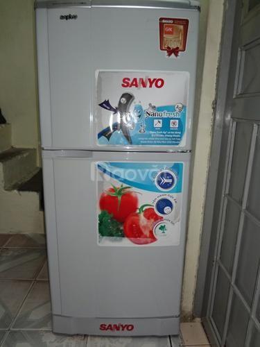 Cần thanh lý tủ lạnh Sanyo