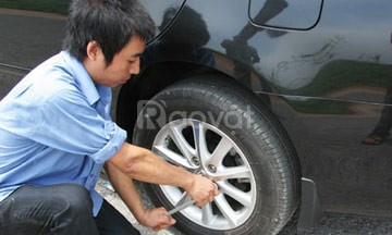 Tuyển nhân viên gara phụ tùng ôtô