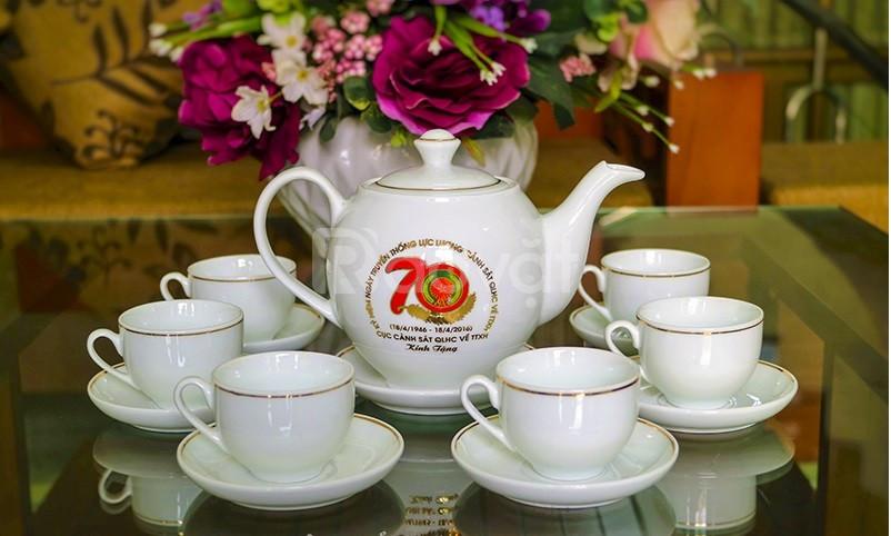 In logo ấm trà, ấm chén, cốc sứ, chén đĩa tại Quảng Nam