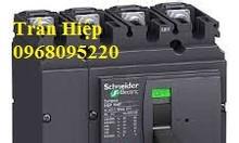 Aptomat LV525332 200A 3P 36kA schneider
