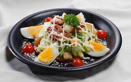 Khóa học đào tạo đầu bếp các món trộn Salad tại Cầu Giấy