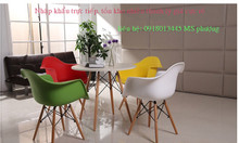Ghế nhựa đúc chân sắt, chân gỗ Ngọc Hải - bàn ghế cafe giá rẻ, bán sỉ