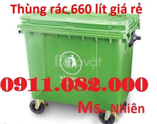 Cung cấp thùng rác 660 lít giá sỉ - màu xanh, nắp kín