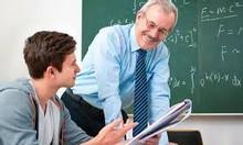 Học sinh chuyên toán tìm việc dạy kèm
