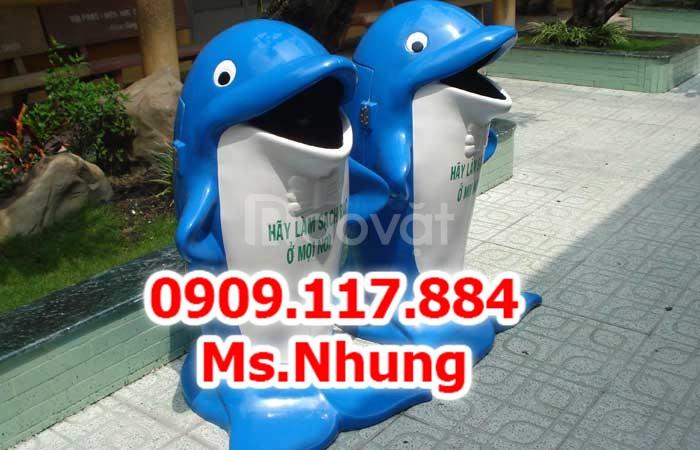 Thùng rác con voi thùng rác cá chép thùng rác hình thú