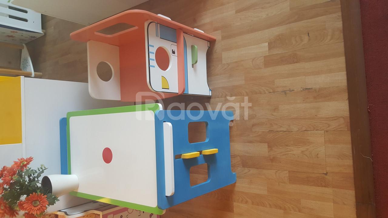 Tủ, giường, bàn ghế cho bé