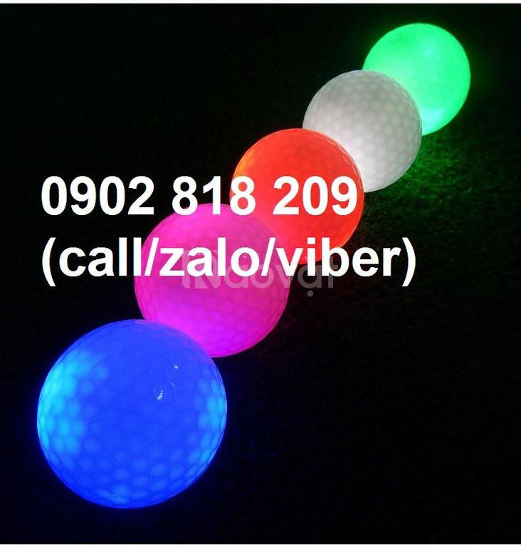 Bóng (banh) chơi golf phát sáng khi tác động lực