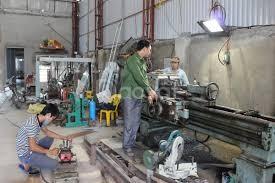 Tìm gấp thợ cơ khí và thợ phụ chuyên dân dụng