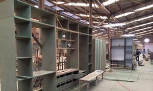 Thợ sơn PU đồ gỗ, thợ sửa chữa đồ gỗ tại quận 7, HCM