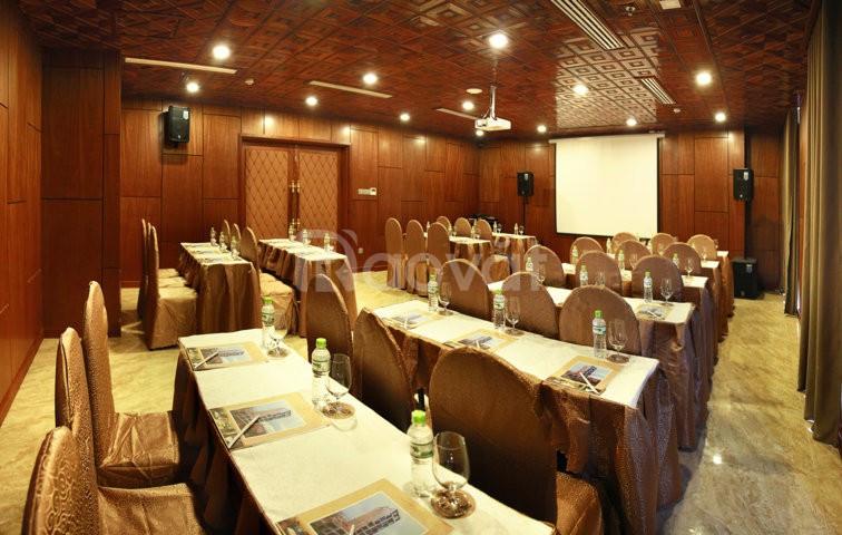 Phòng hội nghị kèm phòng nghỉ giá rẻ Đà Nẵng