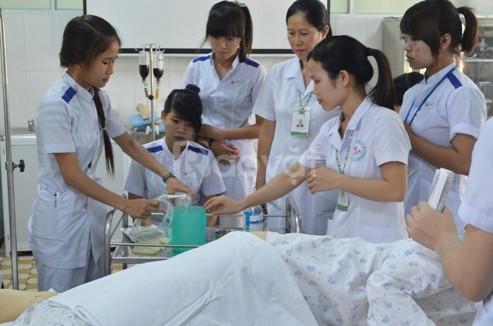 Lớp cao đẳng điều dưỡng chính quy học ngoài giờ hành chính tại Hà Nội
