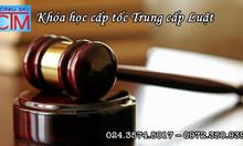 Trung cấp Luật Hà Nội xét tuyển hệ chính quy ngắn hạn