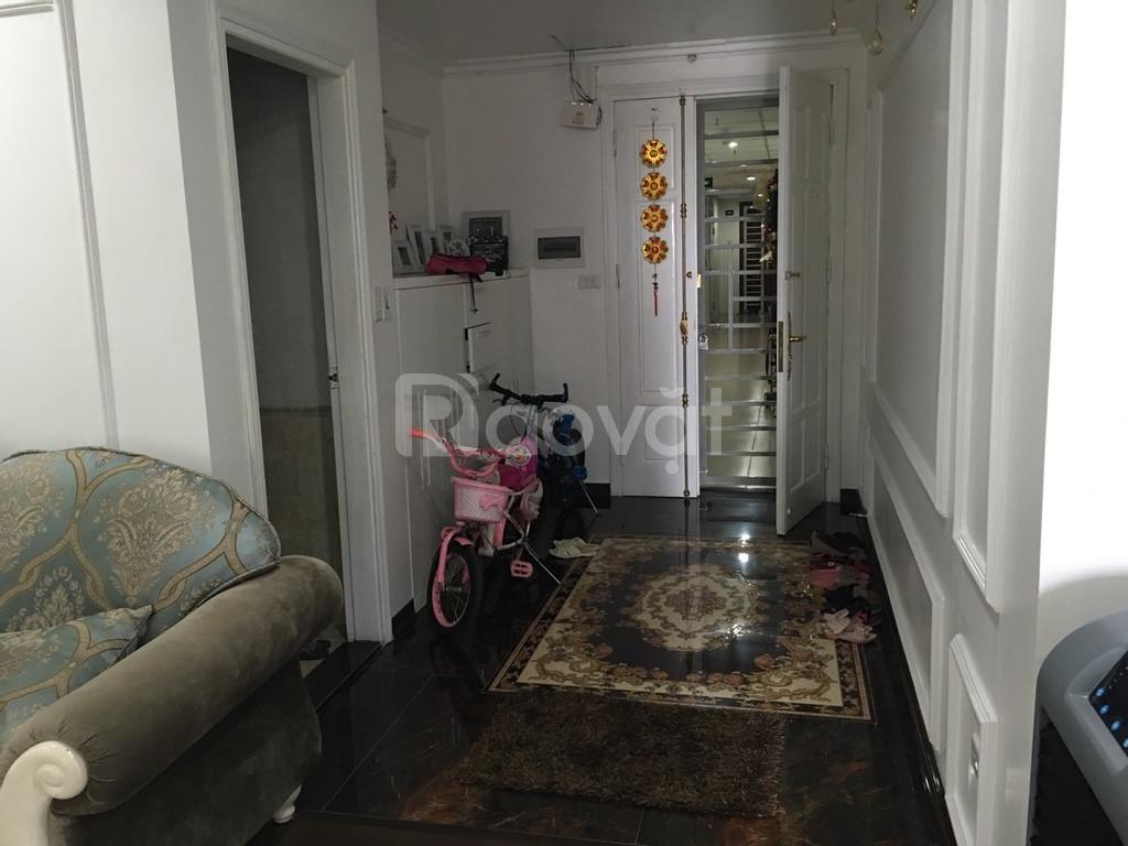 Bán gấp căn hộ giá 23tr/m2 tại 136 Hồ Tùng Mậu 130m2 (ảnh 3)